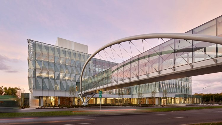 Phil and Penny Knight give second $500 million donation to University of Oregon for science campus