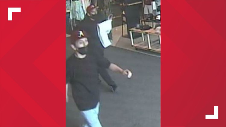 Detectives search for 2 suspects in stabbing outside Washington Square Mall