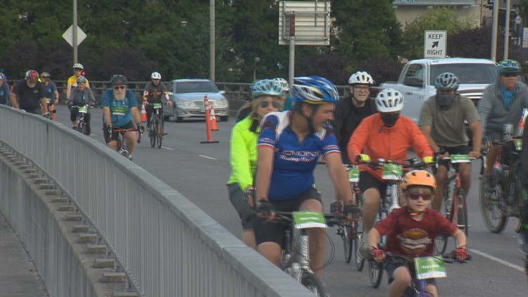 Bridge pedal makes comeback with 10k cyclists, walkers
