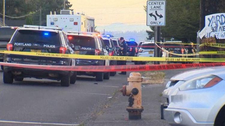2 people dead, 3 injured in NE Portland shooting