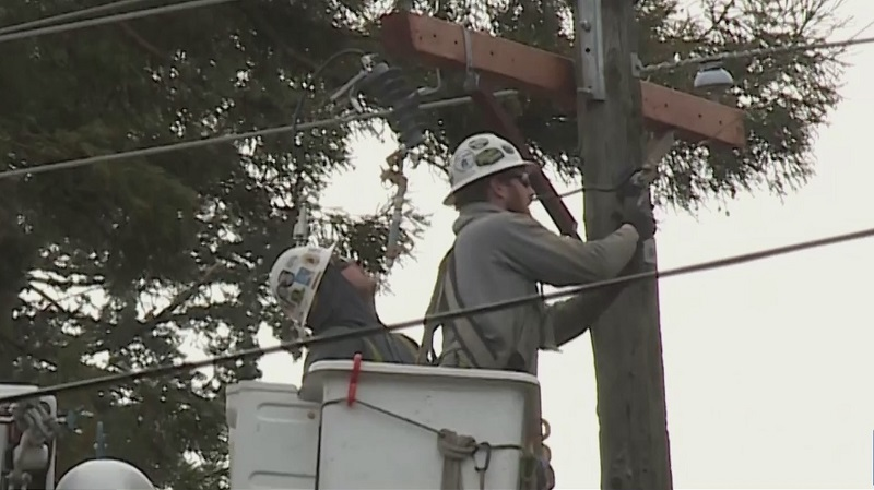 Power outage impacts thousands in Oregon City
