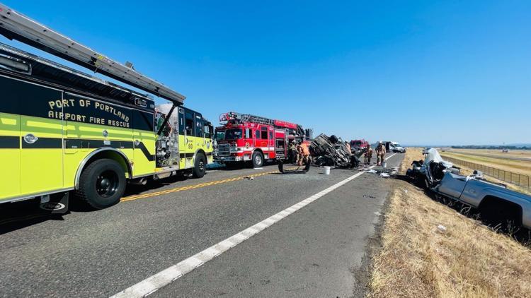 Woman dies in head-on crash on Marine Drive near Portland airport