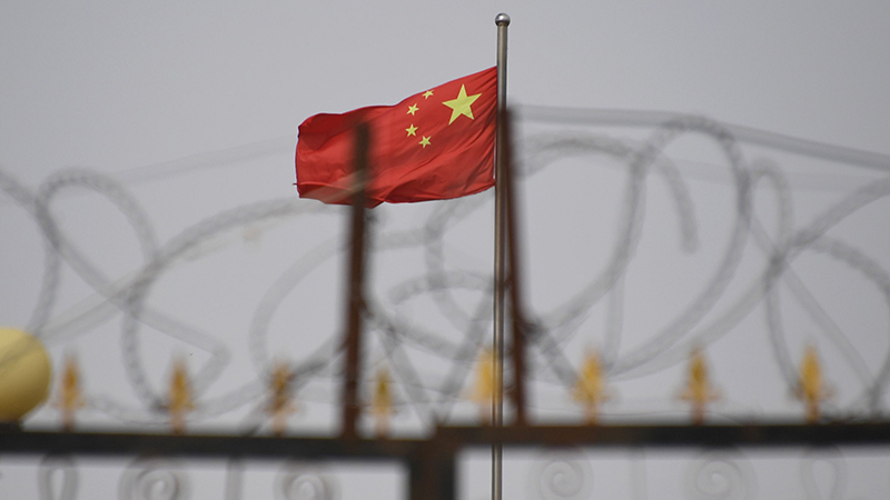 China orders crackdown on independent journalists that criticize financial policy